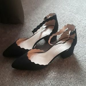 Size 8 Women Black High Heels